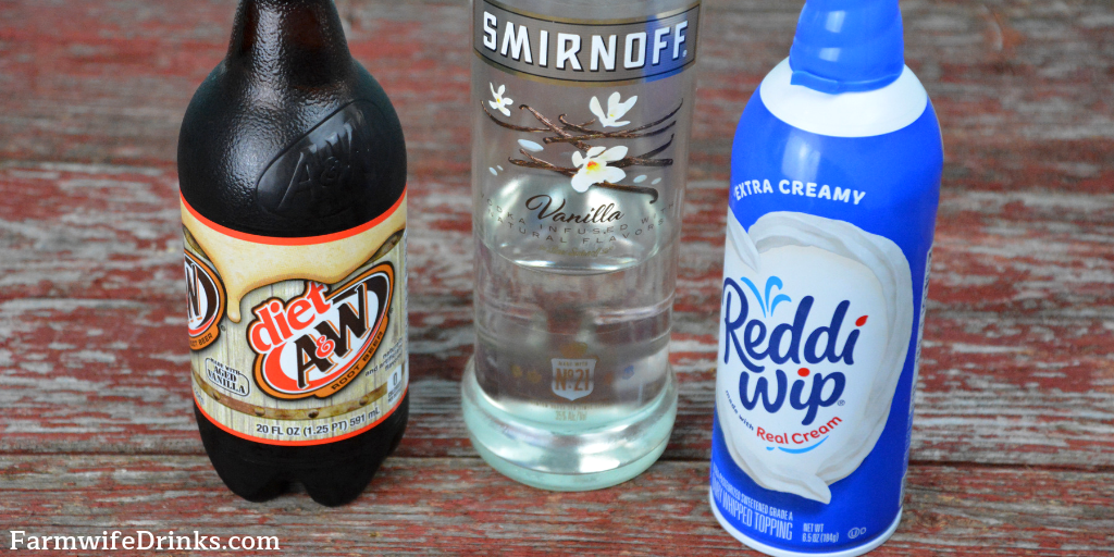Keto Spiked Root Beer Floats combine flavors of diet root beer, vanilla vodka and whipped cream for an amazingly delicious cocktail for all of the low carb dieters. #keto #KetoCocktail #LowCarb #LowCarbCocktail #Cocktails #RootBeer #RootBeerFloats