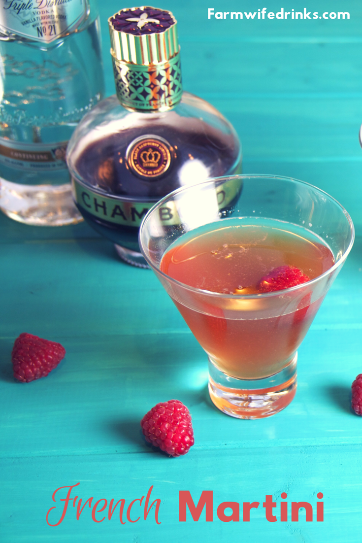 French Martini is a simple martini recipe that even the new to martini drinker will enjoy. Full of flavor and incredibly smooth with the combining of vodka, Chambord and pineapple juice leaving everyone wanting one more cocktail. #martini #vodka #chambord